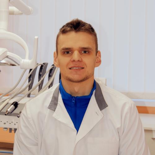 Кругляк Артем Олегович