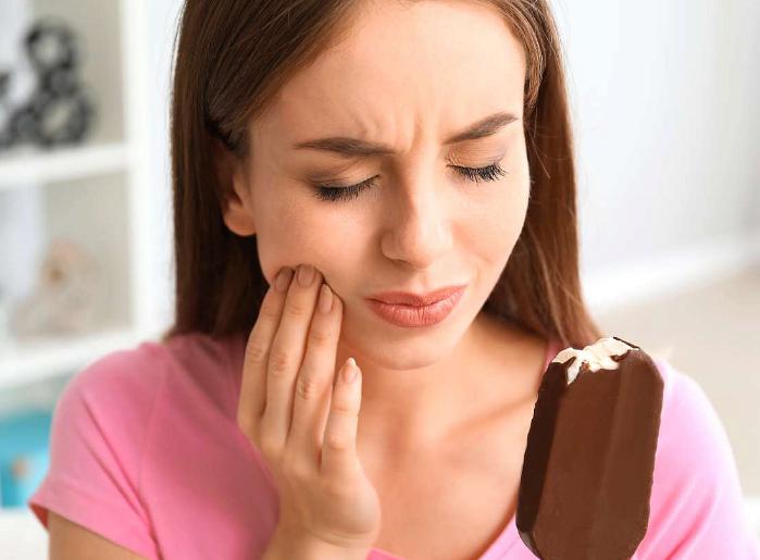 Чувствительность зубов на холодное или горячее