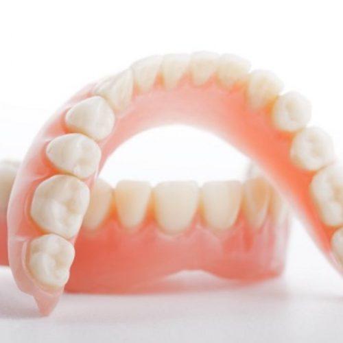 Зубной протез на присосках и его основные функции