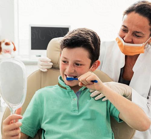 Болит молочный зубик, что делать до посещения врача