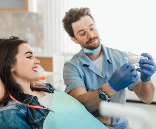 Услуги по имплантации в клинике «Новая стоматология»